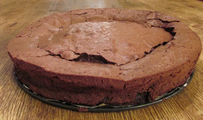 Fallen Chocolate Souffle Cake - Family Savvy