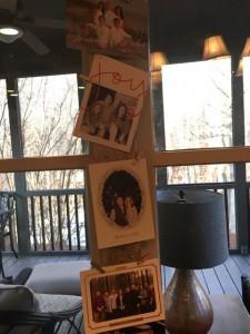 DIY hanging Christmas card display