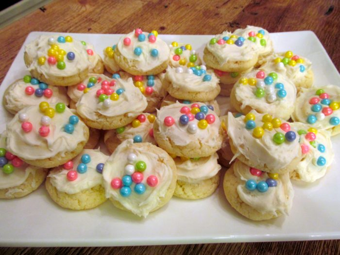 Fancy Frosted Sugar Cookies From Cake Mix