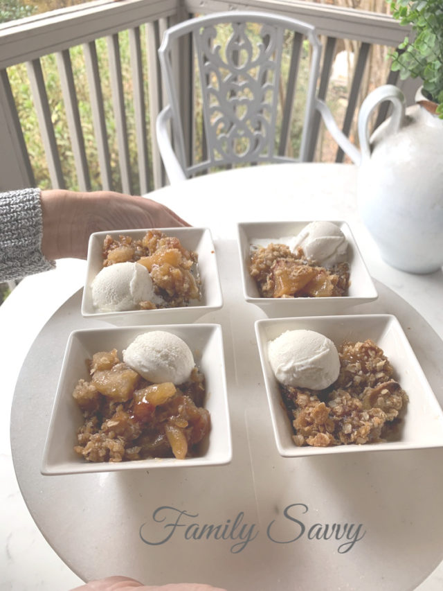 Skillet Apple Crisp A La Mode