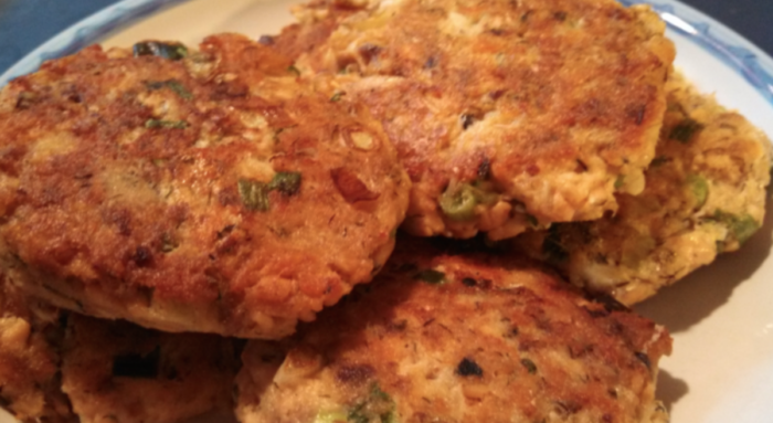 Crispy Salmon Burger Patties