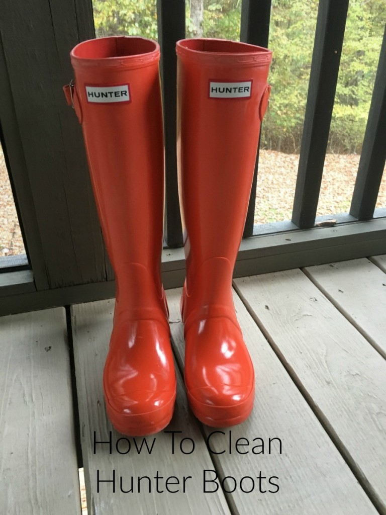 How to clean HUNTER boots (remove white bloom)