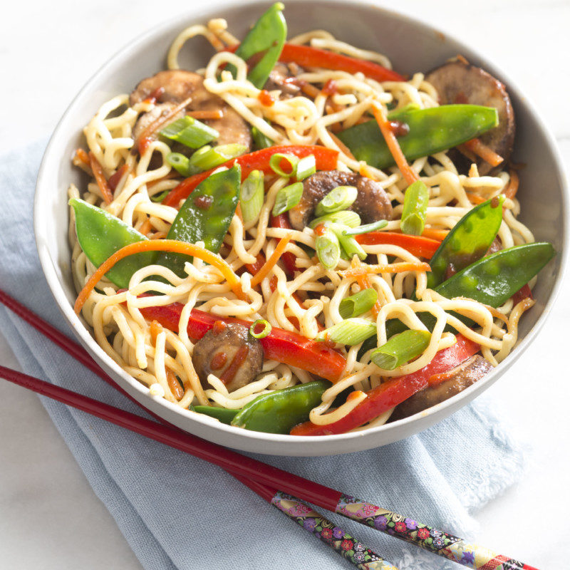 How to Make the Best Copycat P.F.Chang's Lo Mein Ever