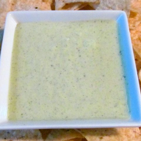Chuy's Creamy Jalapeno Dip Copycat Recipe