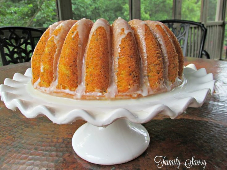 Easy & Delicious Lemon Poppy Seed Bundt Cake