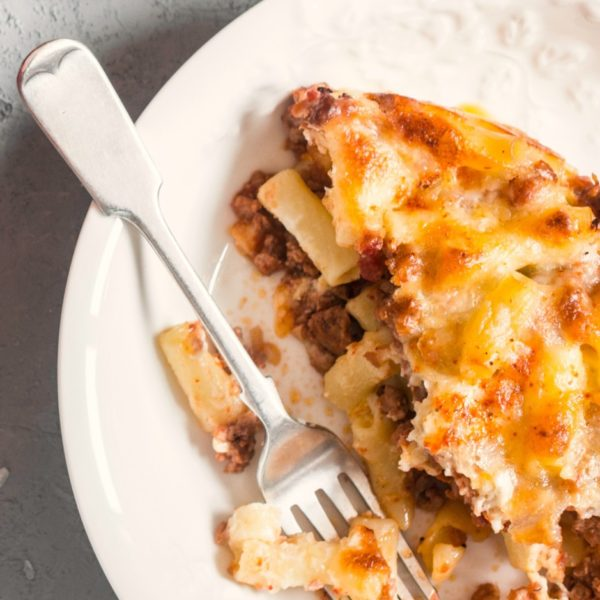 How to Make the Best Baked Ziti for a Crowd