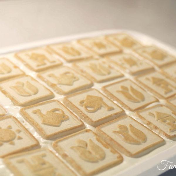 How to Make Paula Deen's Chessmen Banana Pudding {Recipe + Video)