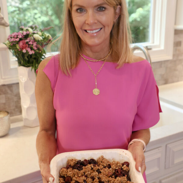 How to Make Simple and Delicious Cherry Crisp
